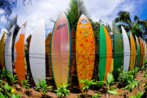 maui-surfboard-fence-rob-decamp
