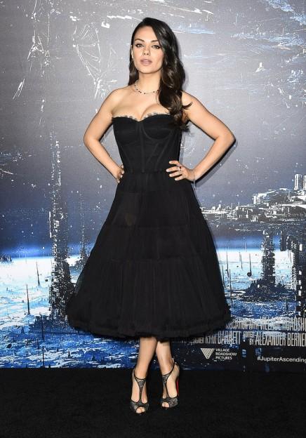 Mila-Kunis-LA-Premiere-Jupiter-Ascending