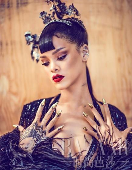 Rihanna-HB-China-1-435x560