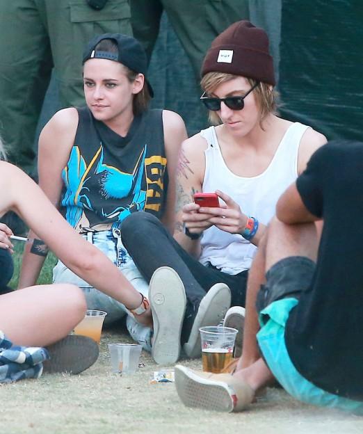 Kristen-Stewart-Alicia-Cargile-Coachella-Pictures5