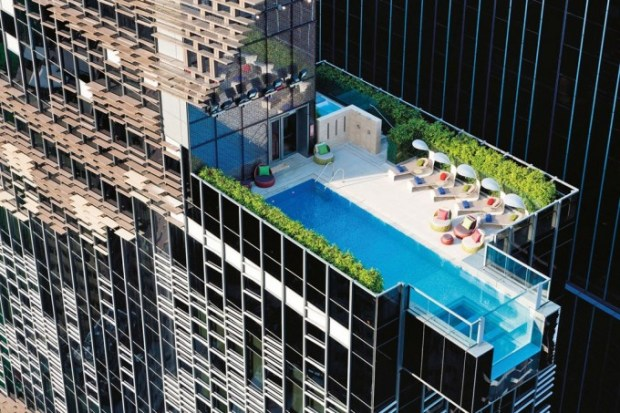 hotel-indigo-swimming-pool-hong-kong-conde-nsat-traveller-17dec14-Andrew-J-Loiterton_1080x720