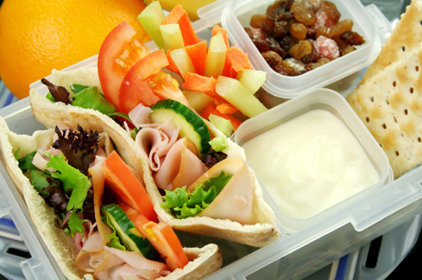 lunchbox-with-snacks