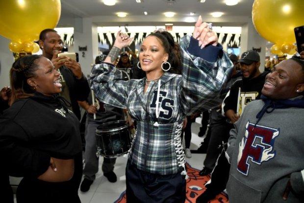 αυτό που μισεί η Rihanna από τα Social Media