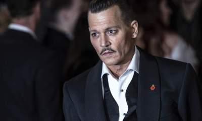 Ο Johnny Depp πήγε μεθυσμένος στην πρεμιέρα του!