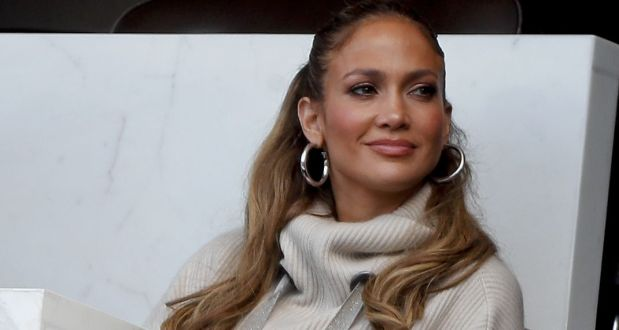 Η Jennifer Lopez αποχωρίστηκε τα μακρυά μαλλιά της! – Δείτε το νέο look