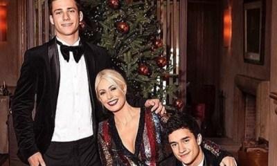 εντυπωσιακή φωτογράφηση της Μαρίας Μπακοδήμου με τους γιους της!