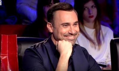 """""""Ελλάδα Έχεις Ταλέντο"""": Η έκπληξη στον Γιώργο Καπουτζίδη με το λαχείο και τη φωτογραφία του στα 15!"""