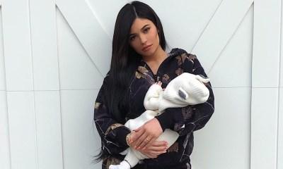 Kylie διέγραψε όλες τις φωτογραφίες τηςStormi