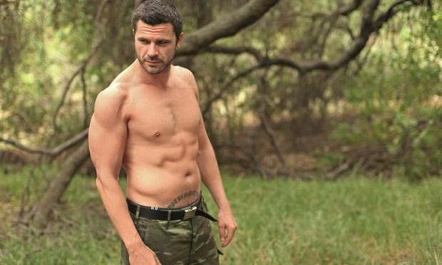 Χρήστος Βασιλόπουλος ανέβασε στο Twitter το πρώτο του πορτρέτο
