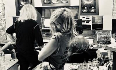 Άννα Βίσση μπήκε στο στούντιο