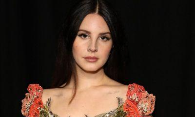 """Η Lana Del Rey κατηγορείται για """"επικίνδυνο"""" post!"""