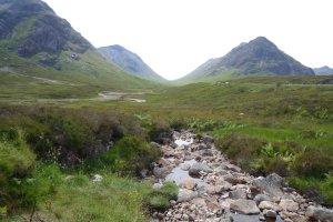 Imagen del valle de Glencoe en las Highlands Escocesas