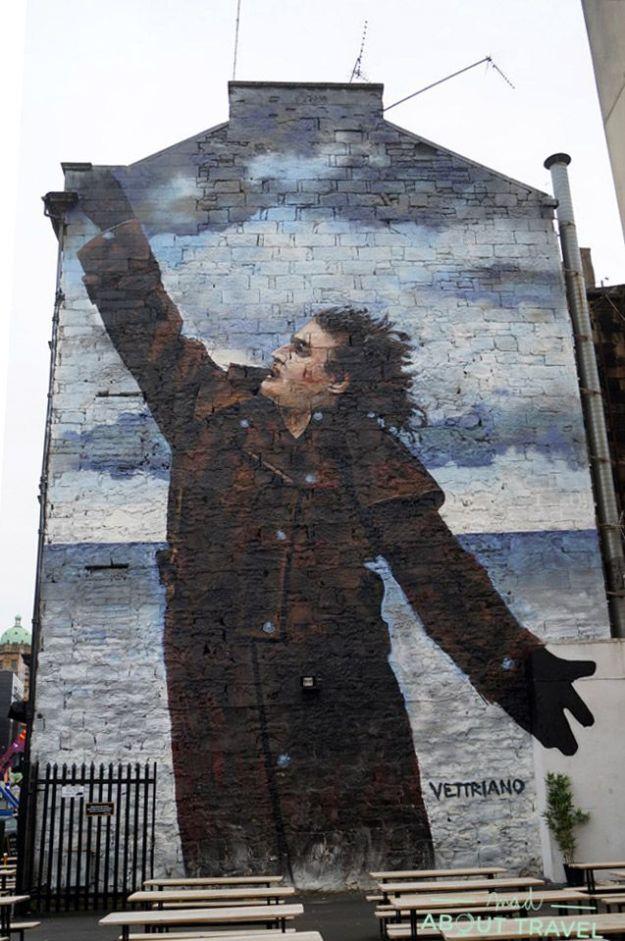 que ver en glasgow: arte urbano, mural de billy connolly