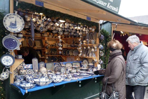 Una parada del Mercado de Navidad frente al Palacio de Schonbrunn