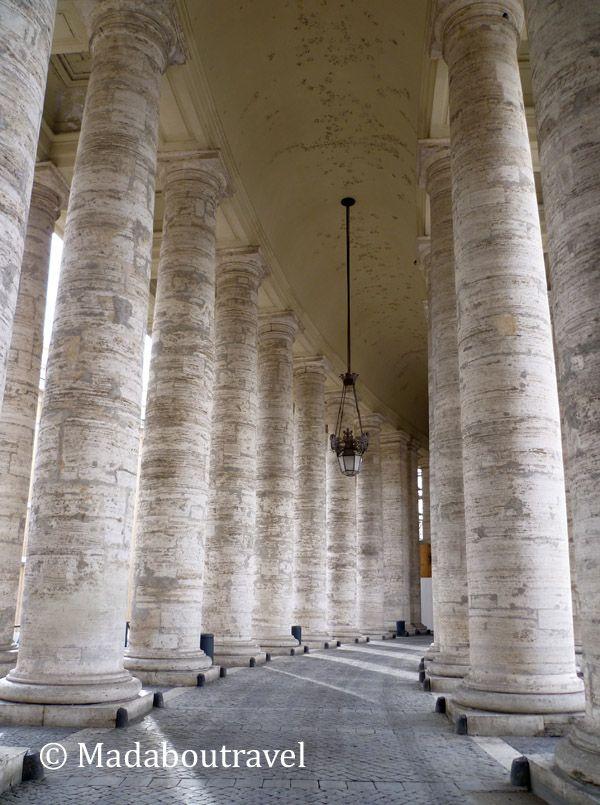 Doble columnata en la plaza de San Pedro del Vaticano