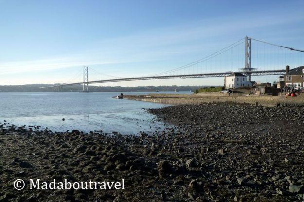 El Forth Road Bridge desde North Queensferry