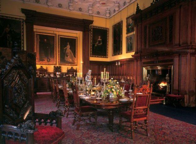 Comedor victoriano en el castillo de Glamis (créditos: Glamis Castle)
