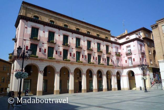 Plaza López de Allué en Huesca