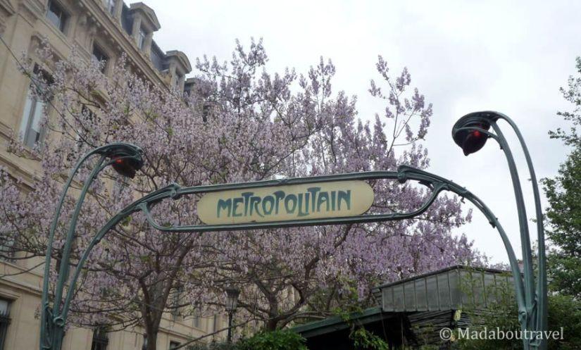 Parada de metro Art Déco en París