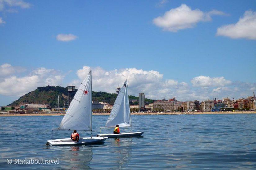Barcelona vista desde un velero