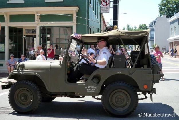 Militares en el desfile