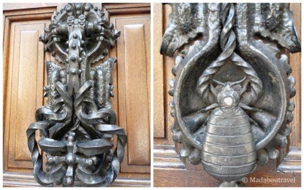 Picaporte de Gaudí en la Casa Calvet