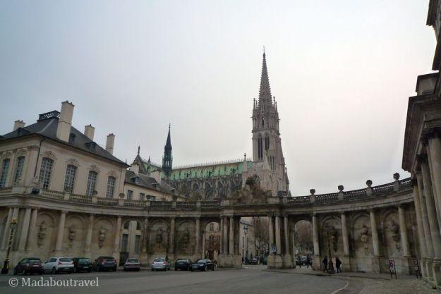 Plaza y basílica de San Epure en Nancy