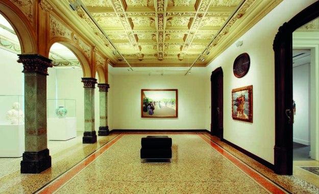 Salón principal de la Fundación Godia