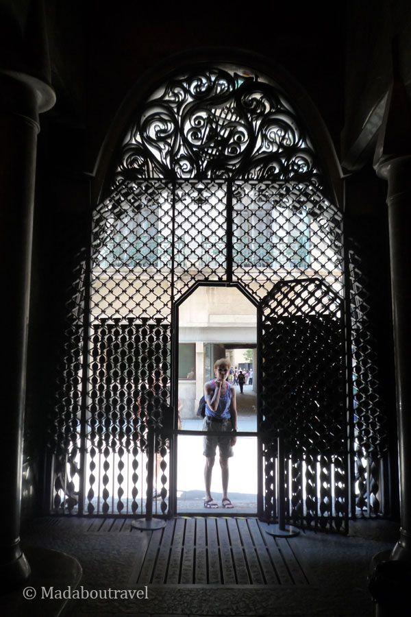 Puertas del Palau Güell