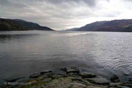Esperando que Nessie saliera a saludar en el Lago Ness