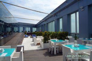 Espectacular terraza del hotel Novotel Barcelona City