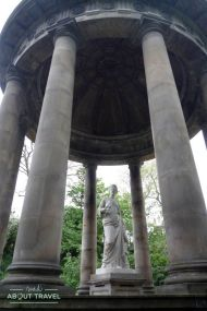 Saint Bernard's Well Water of Leith Walway
