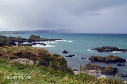 Bahía de Ballintoy en Irlanda del Norte