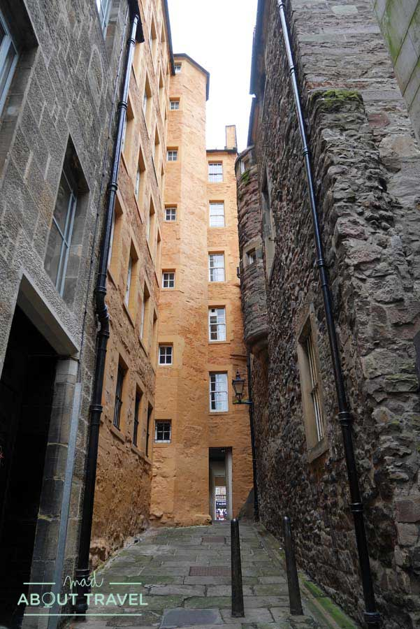 Tour Outlander - Fisher's Close en Edimburgo
