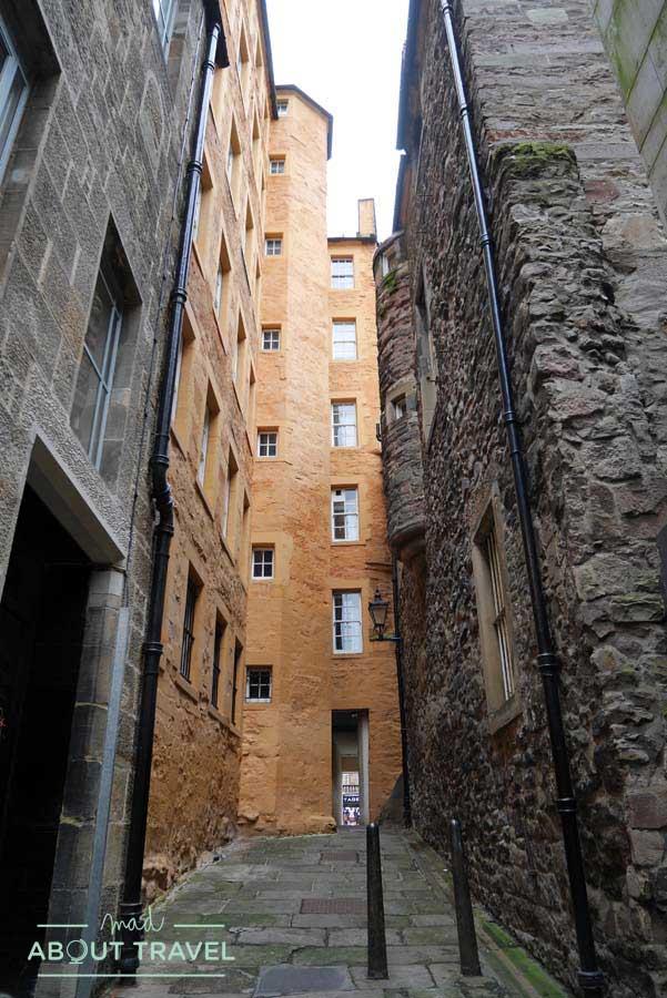 Tour Outlander - Fisher's Close en Edimburgo