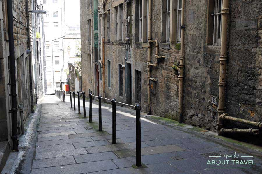Tour Outlander - Carrubbers's Close en Edimburgo