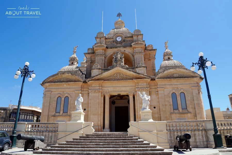 Iglesia de San Pedro y San Pablo en Nadur, Gozo