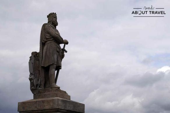 Estatua del rey Robert the Bruce en el castillo de Stirling