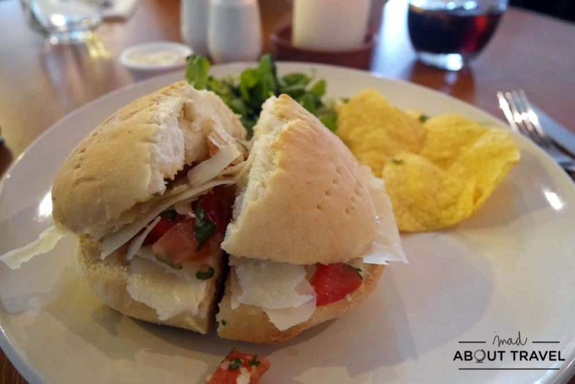 Bocadillo en el restaurante The Lakehouse en Kinross
