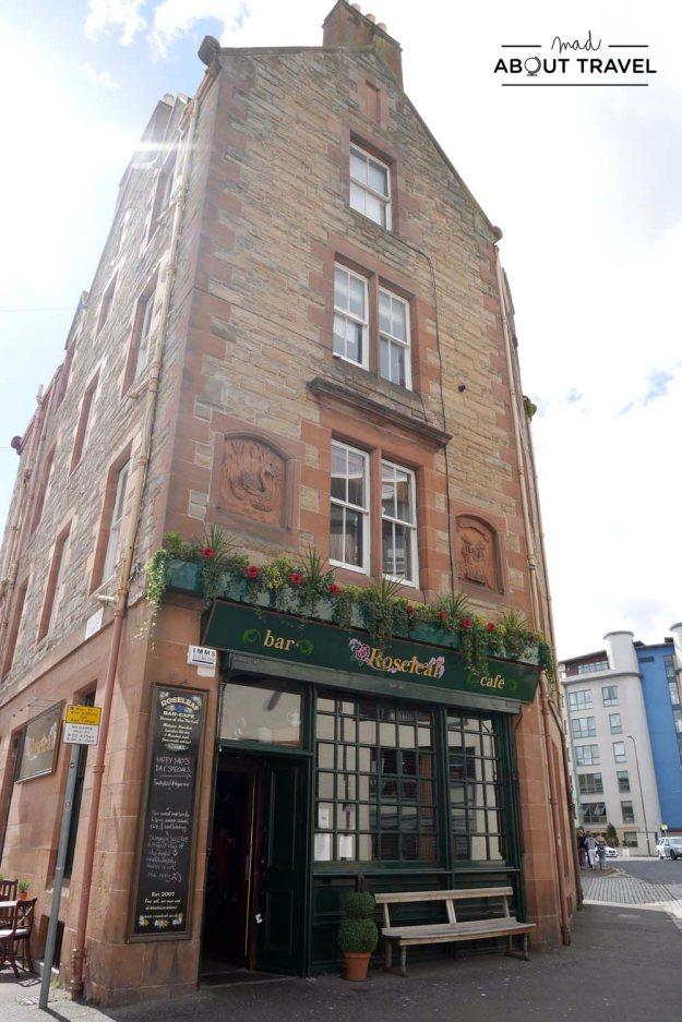 Exterior del bar the roseleaf en leith, Edimburgo