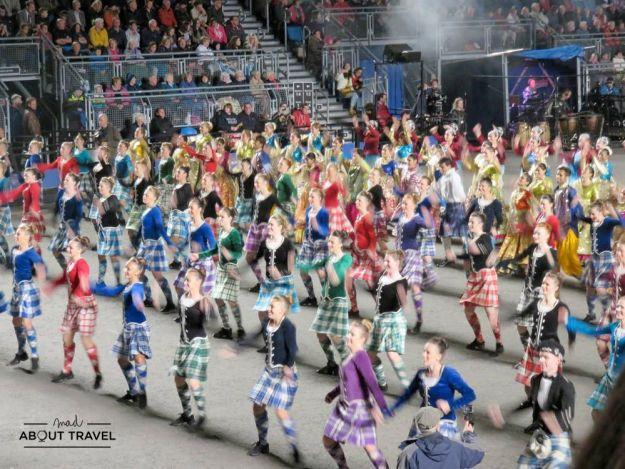 Baile escocés en el Military Tattoo de Edimburgo