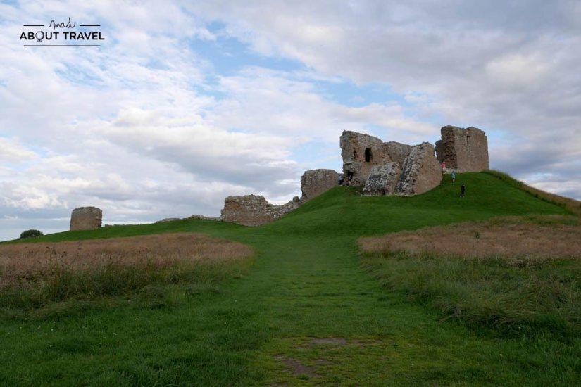 ruta en coche por las highlands de escocia - castillo de duffus