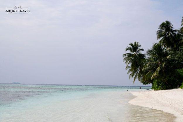 playas del resort angsana velavaru en maldivas