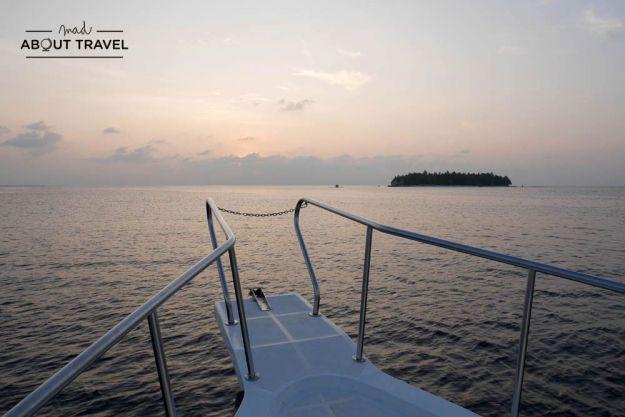 pesca al atardecer en Maldivas