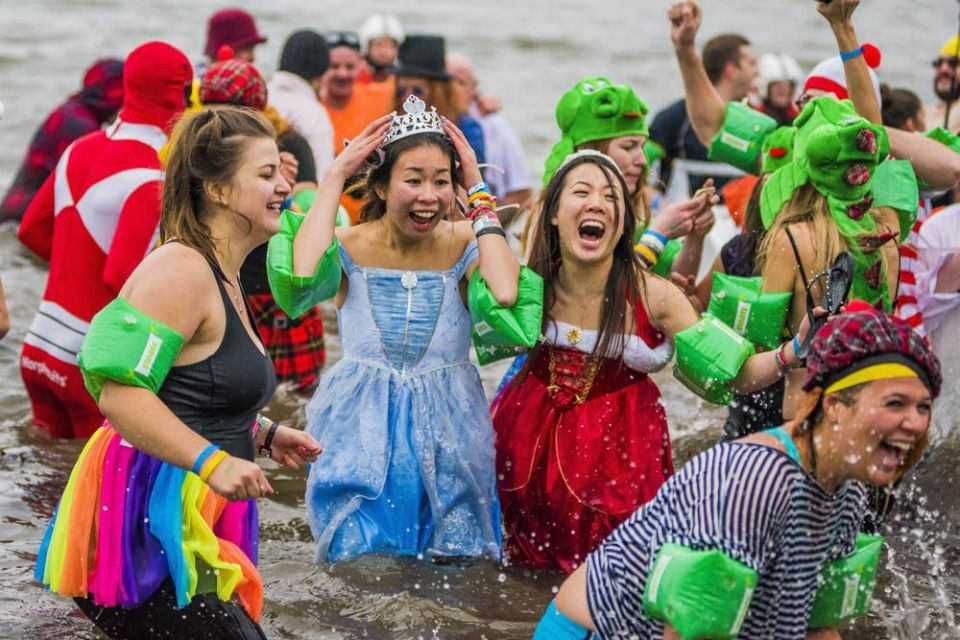 Loony Dook en South Queensferry