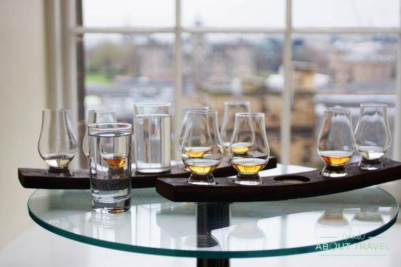 cata de whisky en la scotch whisky experience