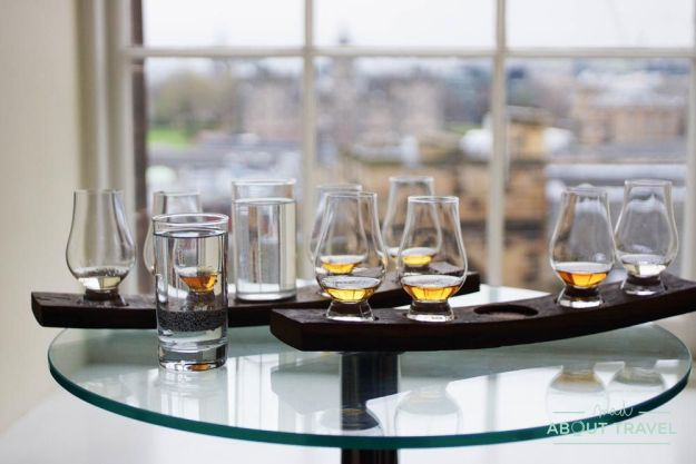 cata de whisky en la scotch whisky experience