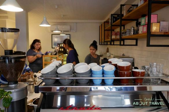 donde comer en male: civil coffee society