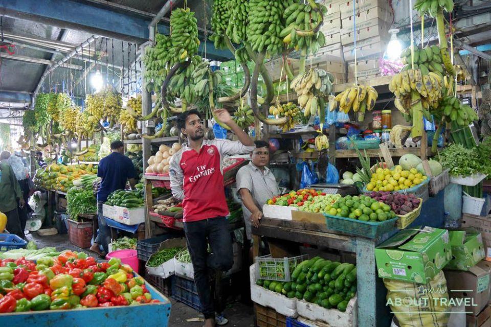 que ver en male: mercado local