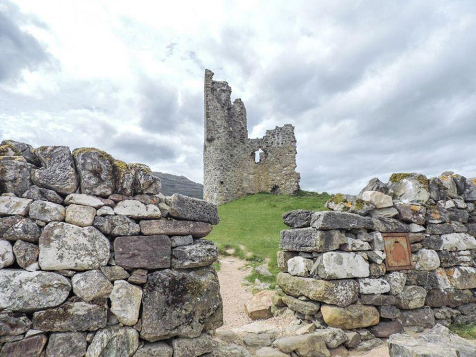 castillo de ardvreck, escocia